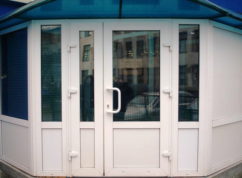 Дверь в магазин Входная