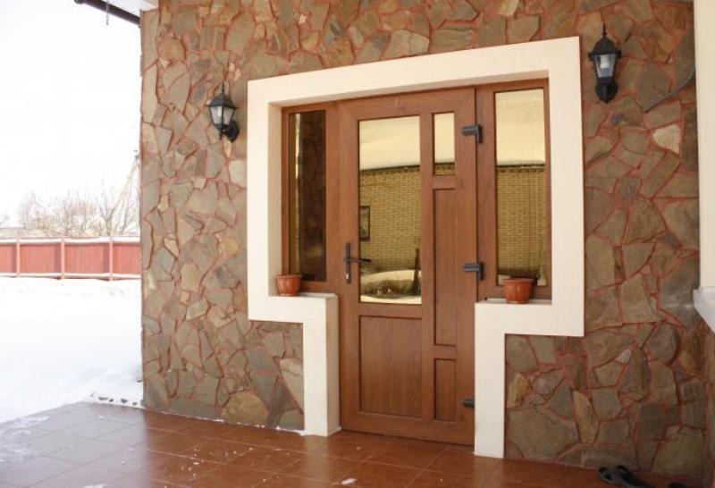 Дверь входная в дом